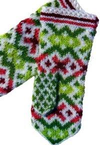 Орнаменты для вязания латвийских варежек.