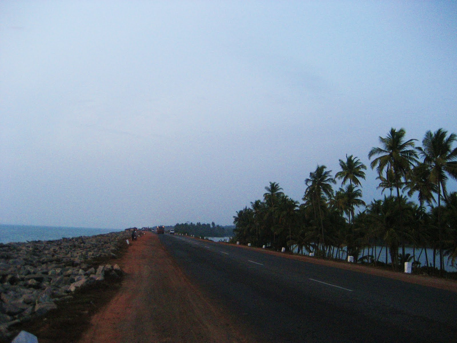 Highway along Maravanthe