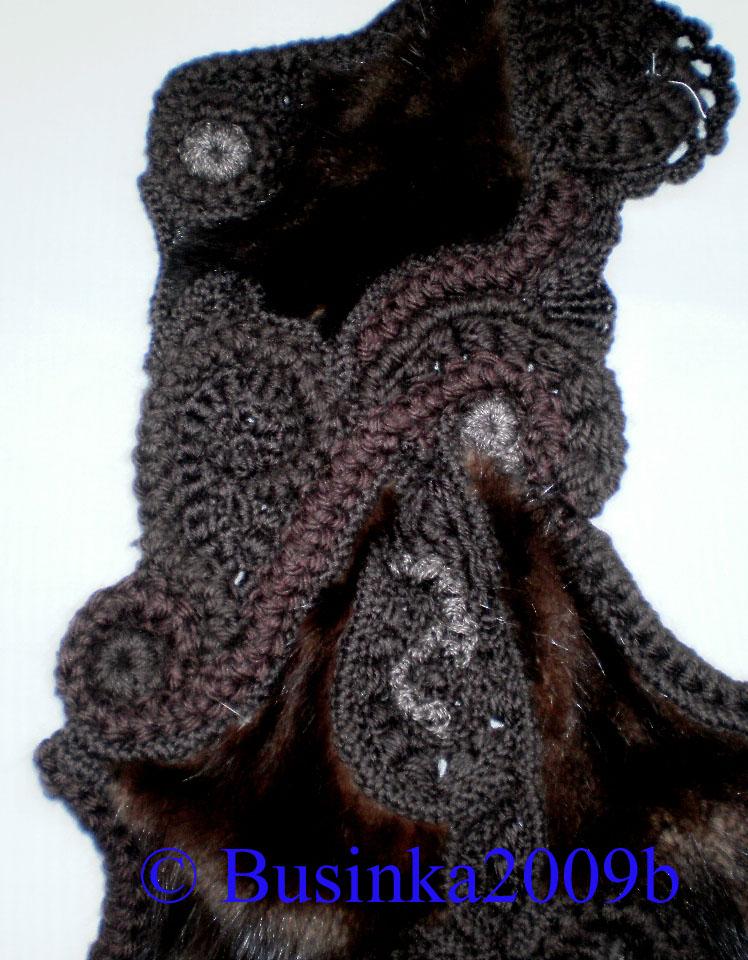 Соединение кусочков меха с вязанием