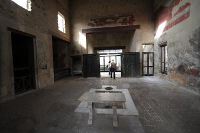 No 36, House of the Wooden Partition (Casa del Tramezzo di Legno)