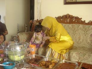 Manja dan Ibu