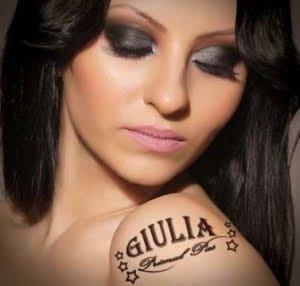 Giulia Ce Frumoasa E Iubirea (How Beautiful Love Is)