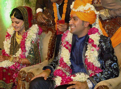 dhoni wedding photos sakshi marriage pics