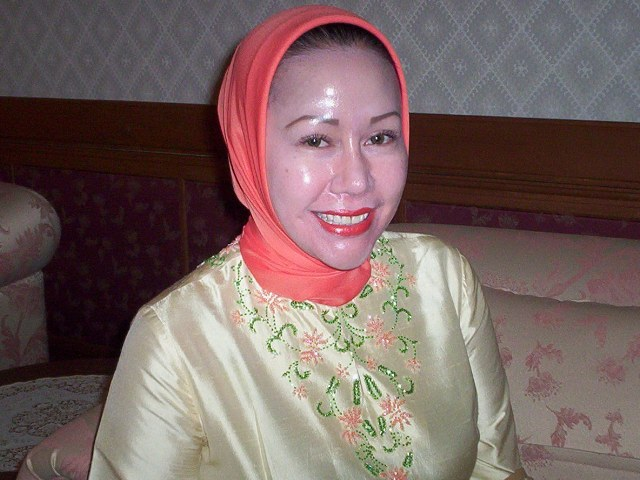 MArgiono JAwa Pos dan Ratu Atut Chosiyah Ada  Apa?