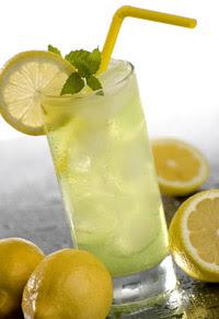 http://1.bp.blogspot.com/_kbxvkF78EwU/SZyB6IkqUEI/AAAAAAAAAMA/8c-Me30vc9k/s320/limonada.jpg