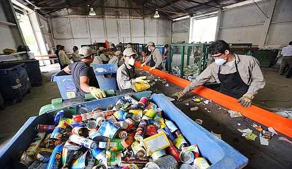 Desarrollo y defensa la necesidad de reciclar la basura for Reciclar muebles de la basura