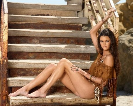Kendall Jenner Feet on Kendall Jenner Below   14 In A Bikini