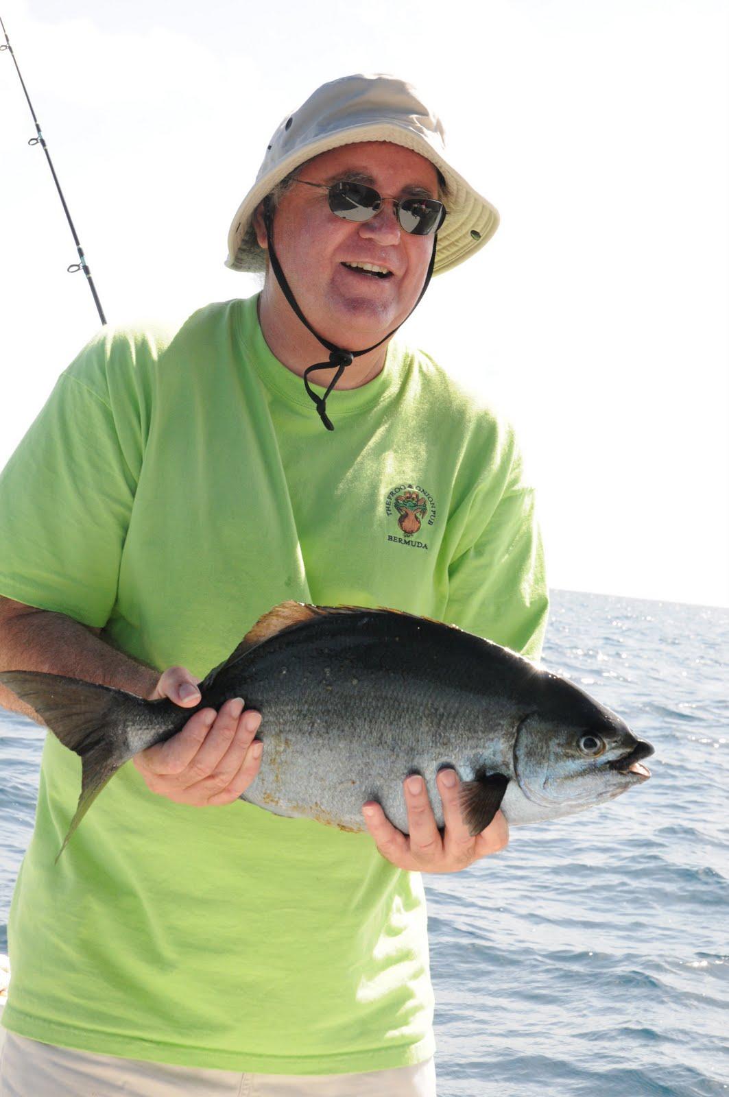 http://1.bp.blogspot.com/_kgGo1NvNUyY/TD4mWR-TyLI/AAAAAAAAAVY/KmvtztpJKvU/s1600/bermuda-fish-2002.jpg