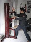 Boneka kayu Kungfu Wingchun(Mok Yang jong)