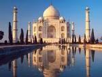 Taj Mahal o monumento de amor..