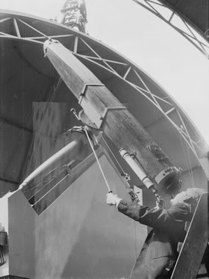 A9701-2 The Sheepshanks Equatorial telescope in the Altazimuth Pavilion, c.1960s © NMM