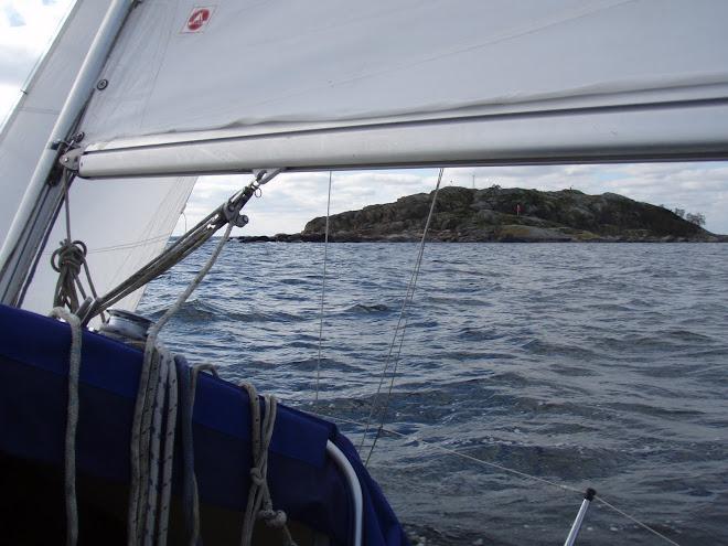 2010-10-02 På väg ut förbi Vinterklasen