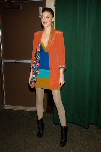 whitney port style 2011. Whitney Port went for a bright