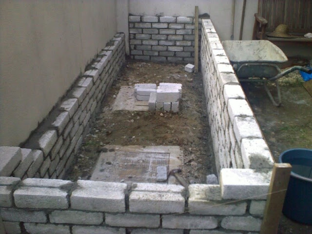 Affnan 39 s aquaponics a new fish pond part ii for Concrete fish pond construction and design