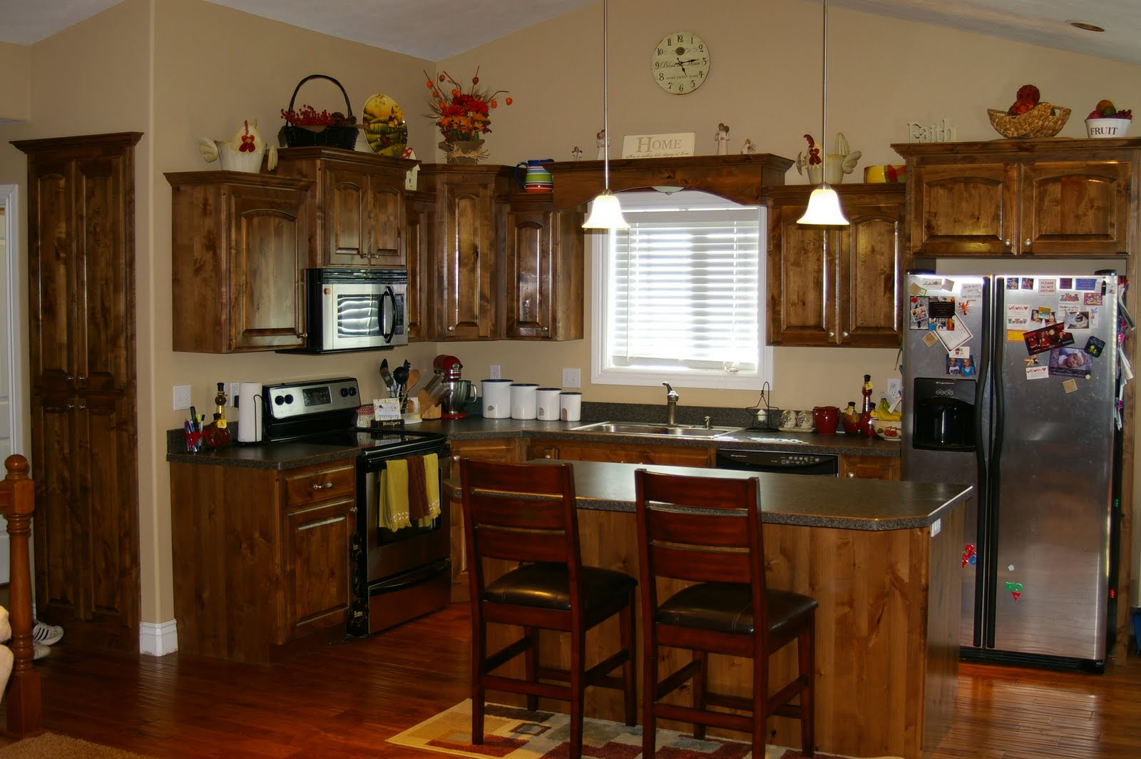 Homes with Knotty Alder Cabinets