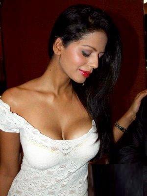 bollywood actress bhairavi goswami
