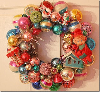 Vintage Christmas Decorated Wreath Decoration With Baubles And Dolls Hdhq Wallpaper Free