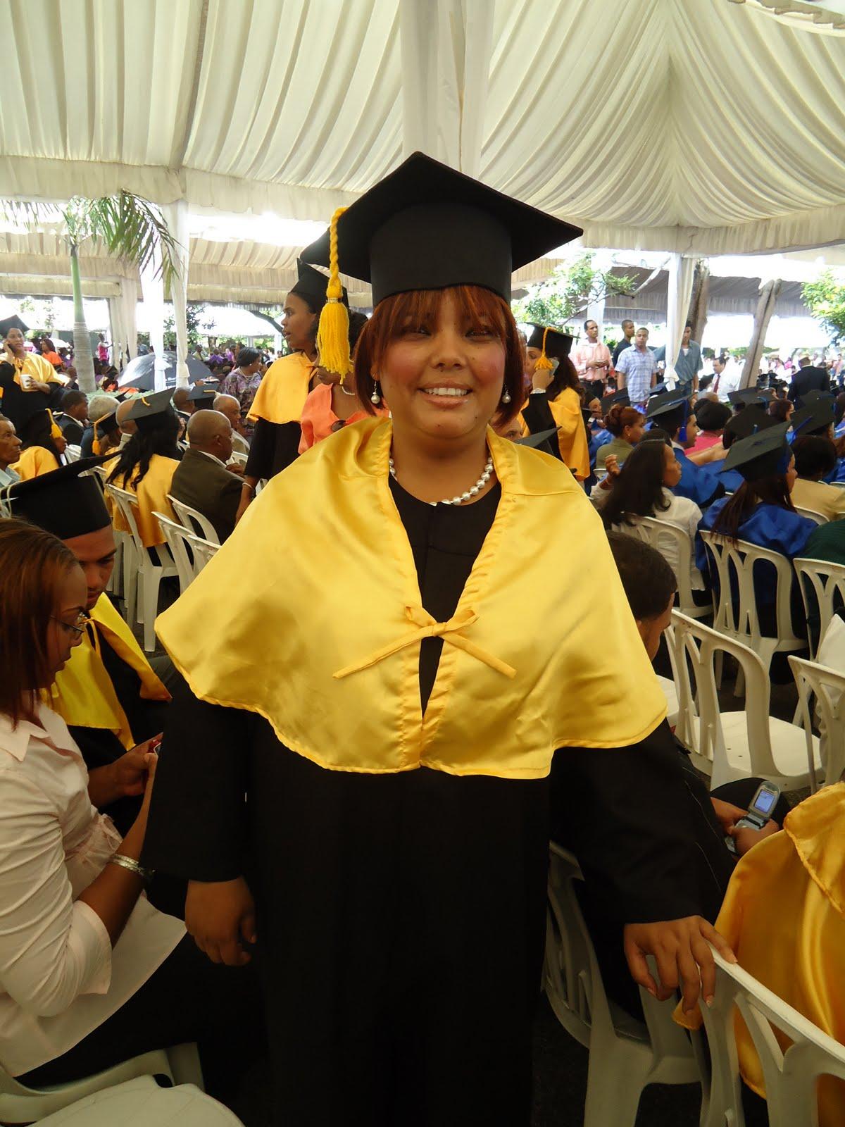 noticias de peralta: Graduacion Universitaria