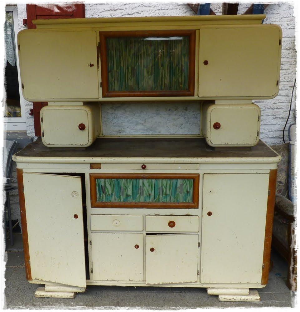 sandra jill mein neuer alter k chenschrank. Black Bedroom Furniture Sets. Home Design Ideas