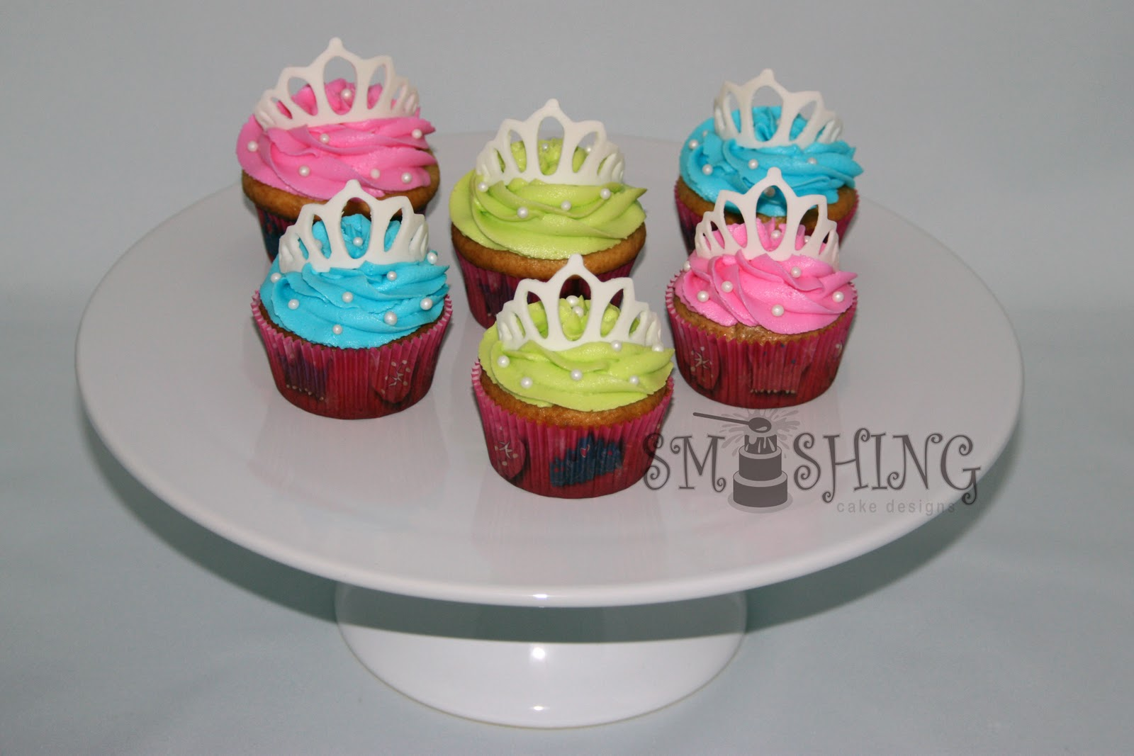 Cake Designs Using Cupcakes : Smashing Cake Designs: Princess Cupcakes