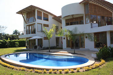 Casa Moderna Construida con Bambú