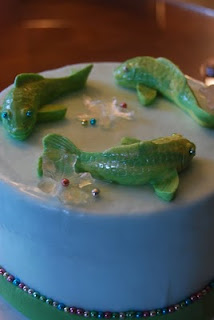 Decorate the cake july 2010 for Koi fish mold