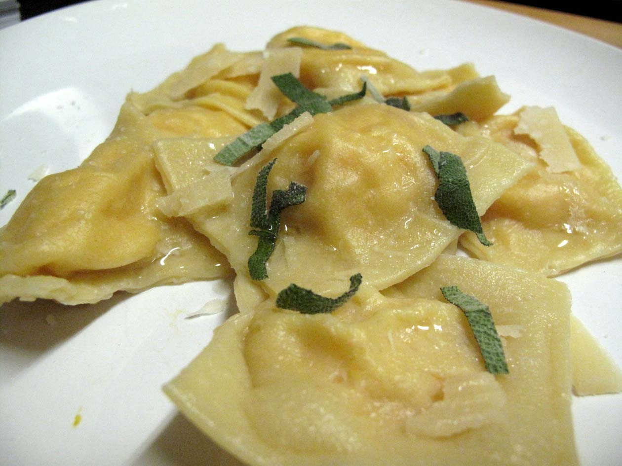 Oh eat dirt squash ravioli for What to serve with butternut squash ravioli