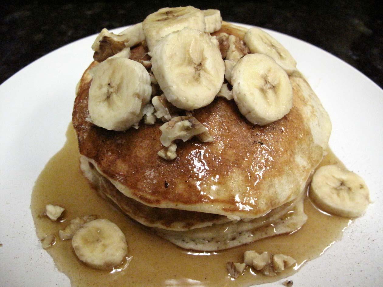 Oh Eat Dirt: Clinton St. Baking Company's Banana And Walnut Pancakes