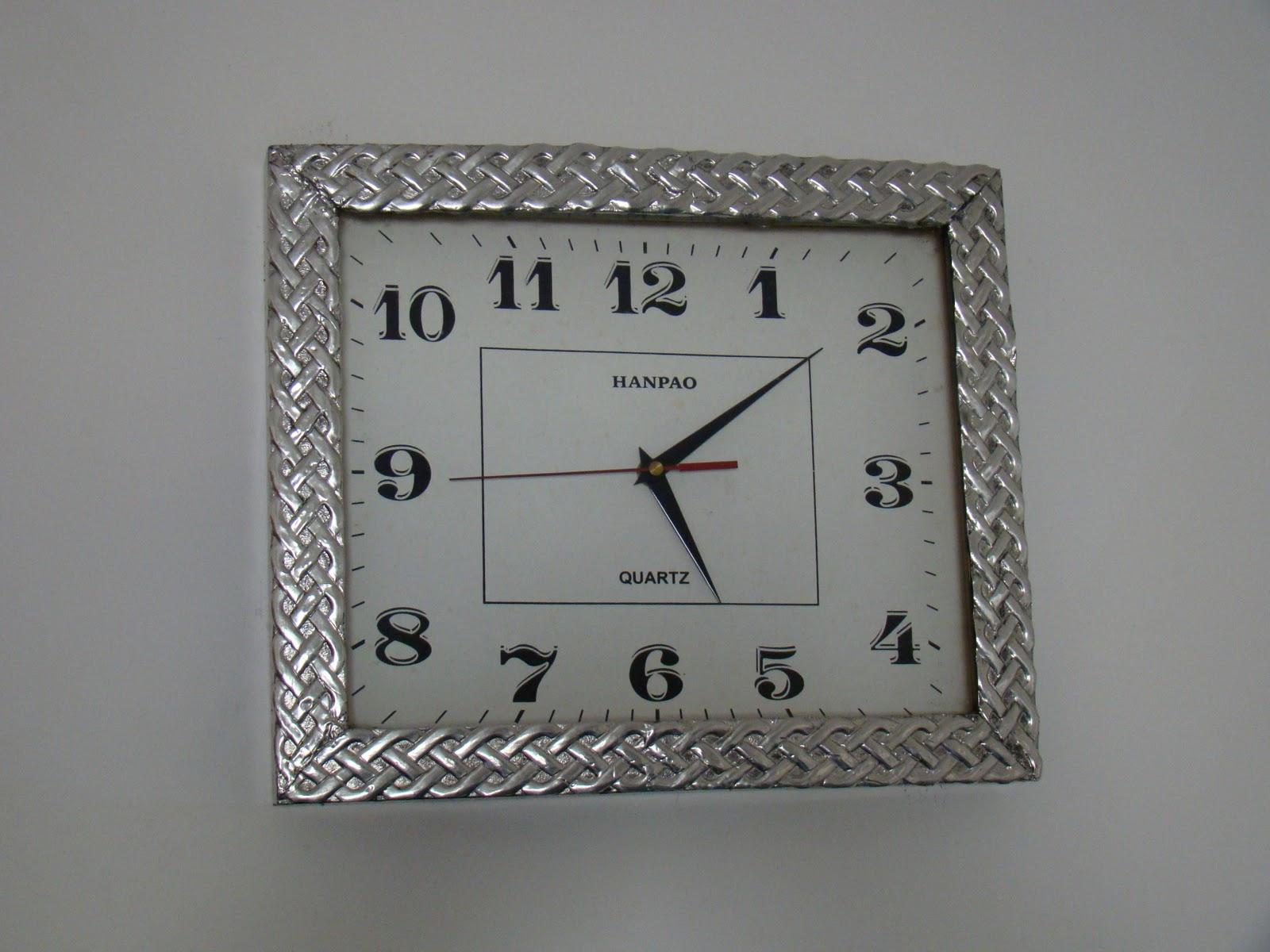 Ver nica salaz n pintura decorativa y repujado en esta o - Reloj cocina diseno ...