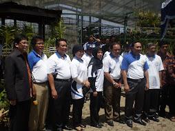 Menhut & Men LH  Bersama  Komunitas Anggrek Kalsel.