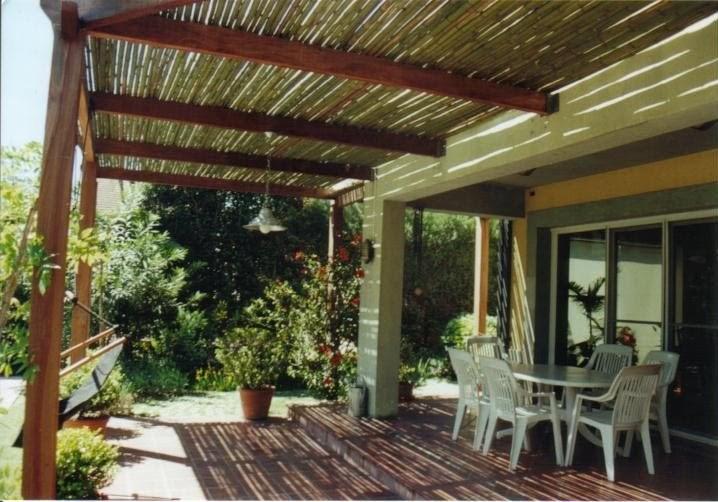 P rgolas de madera decora tu casa fotos dise o y - Tejados para pergolas ...