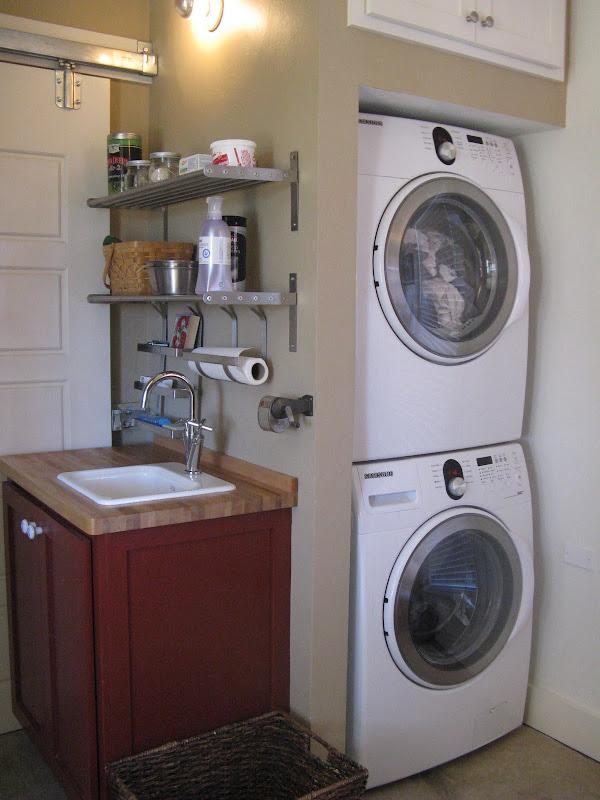 Loads of laundry in a little corner title=