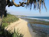 Wisatawan pantai harap waspada