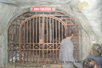 Mini teater room di gua jepang bukit tinggi