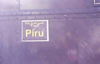 The sign Piru on the train