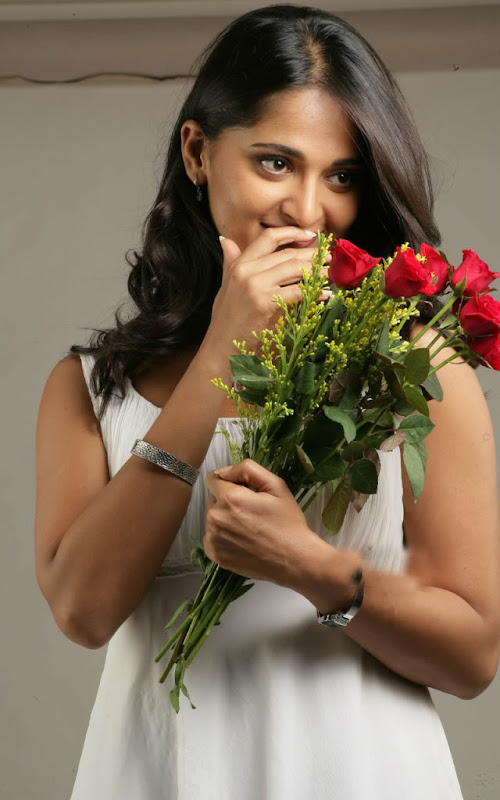 Sexy Anushka Latest Sexy Wallpapers wallpapers