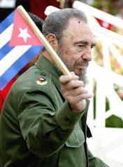 Saludo de la Comisión Internacional al Camarada Fidel