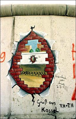 Graffiti sobre el muro de Berlin
