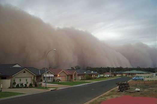 http://1.bp.blogspot.com/_krUBPWezUmg/S8LSoxBp0NI/AAAAAAAAABo/Dao5FnjM8sw/s1600/tsunami-dust-wave.jpg