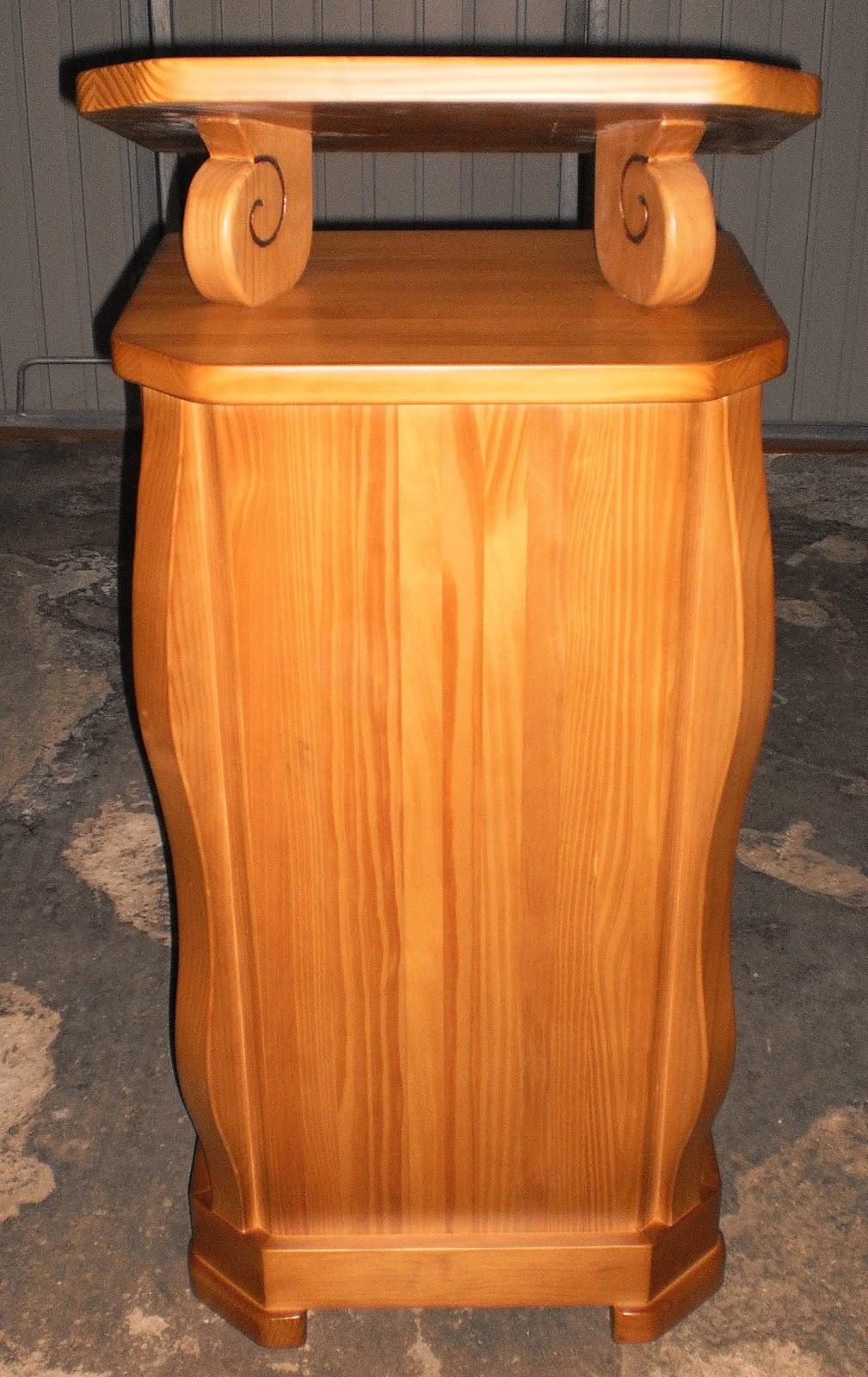 Fabrica de bancos de madera pauli otros trabajos for Sillas para iglesia en madera