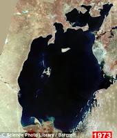 foto satelit danau laut aral 1973