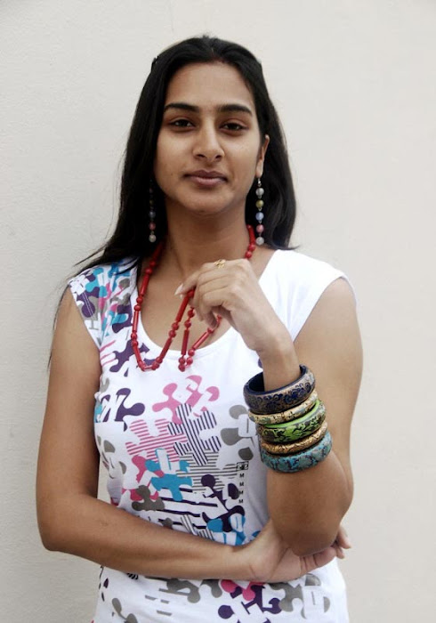 hyderabad aunty surekha vani actress pics