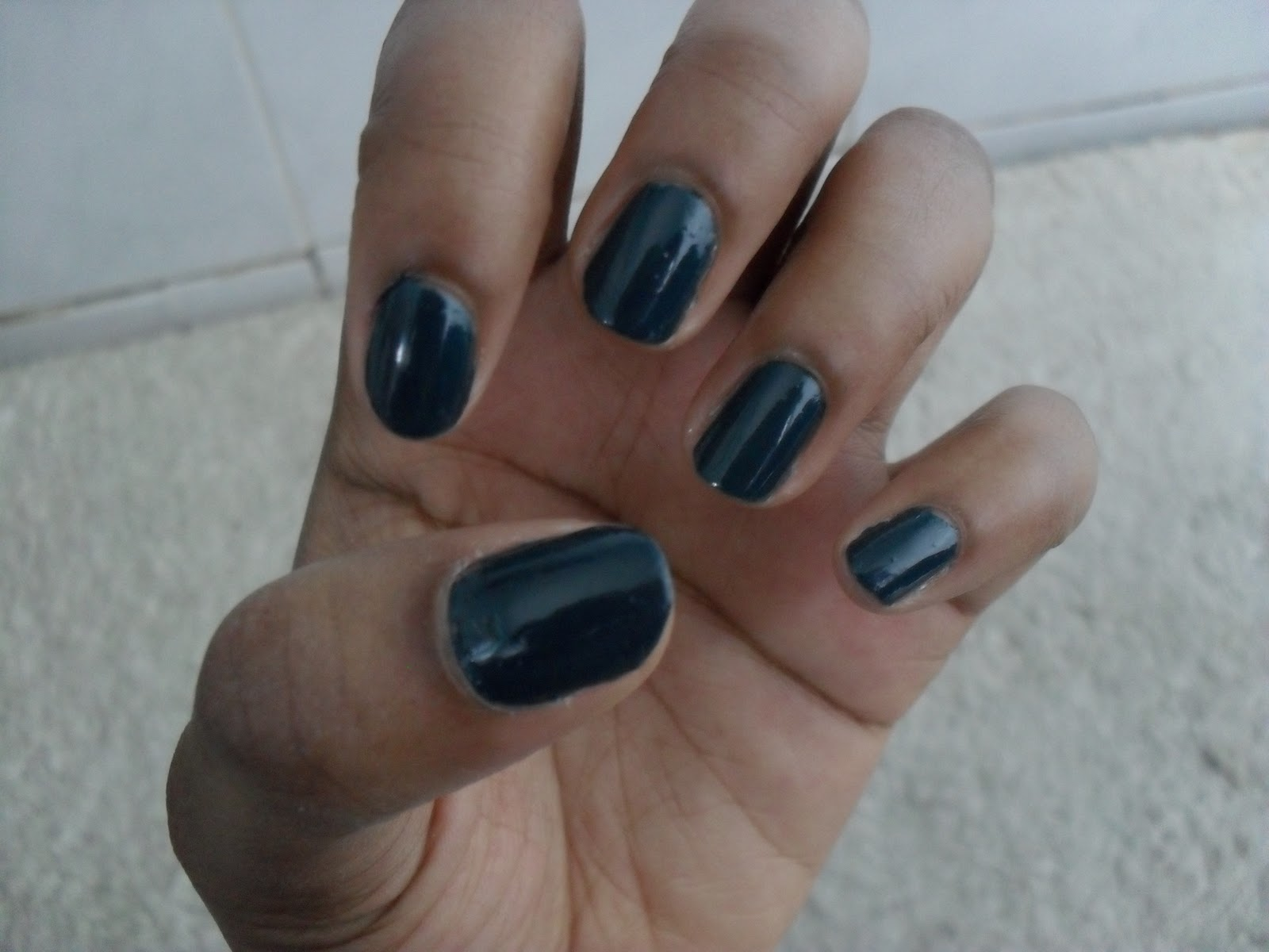 Boots No7 Stay Perfect Nail Colour in \