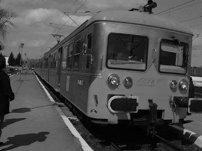 desaturated train