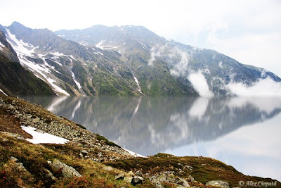 virtual lake on fagaras mountains