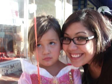 Mia and Nina Ashlee