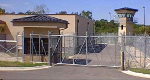 Mais de 800 campos de concentração criados       (video)