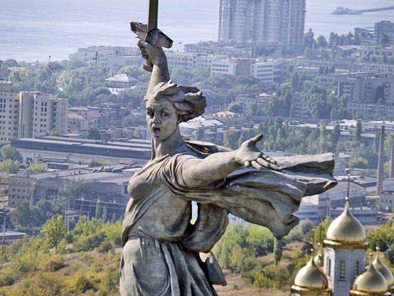 http://1.bp.blogspot.com/_kxPG6y8Qctk/SzT8W7X_BTI/AAAAAAAASXM/ihDQgwnJTfQ/s800/Mother+Motherland+monument3.jpg