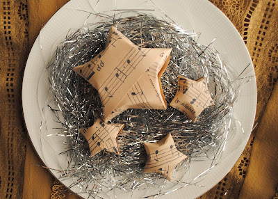 recycling paper: music sheet stars