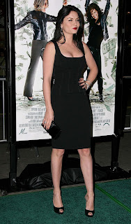 Jodi Lyn O'Keefe Big Cleavage